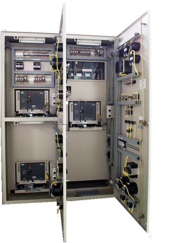 キュービクル式高圧受変電盤内部